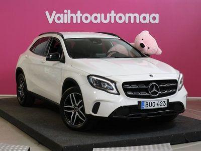 käytetty Mercedes GLA180 A Premium Business # P.Kamera # LED HighP # Tyylikäs # Sporttinen