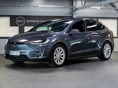 käytetty Tesla Model X Performance Ludicrous Raven - Täysvarustelu & Vetokoukku / 7-Ist. / Tehdastakuu / 2x Renkaat / KATSO