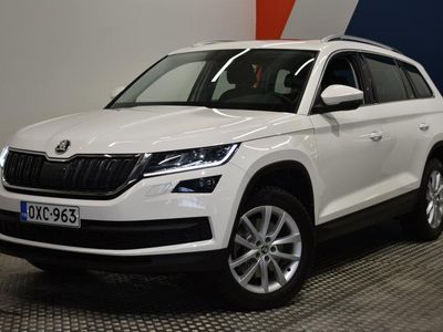 käytetty Skoda Kodiaq 2,0 TSI 4x4 Ambition DSG (MY18) ** Panorama, LED **