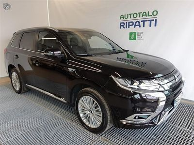 käytetty Mitsubishi Outlander P-HEV Instyle 4WD 5P