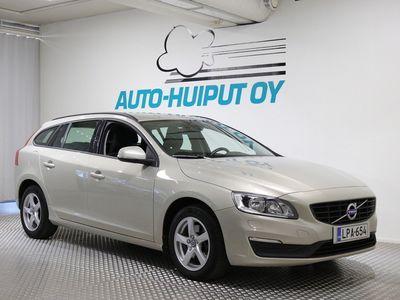 käytetty Volvo V60 T3 Kinetic aut *** Vakkari / VOC / Webasto *** ***