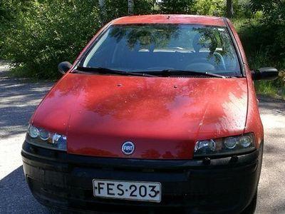 käytetty Fiat Punto vm 2000
