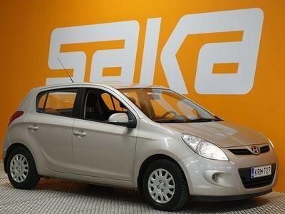 käytetty Hyundai i20 1,4 5d Comfort ** 1-omistaja / Ilmastointi / Suomi-auto / Lohkolämmitin ja sisäpistoke **