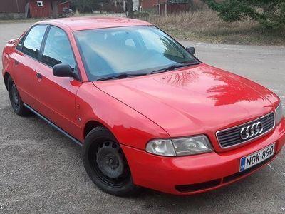 käytetty Audi A4 1.8 20V bensa, 12kk leimalla!!