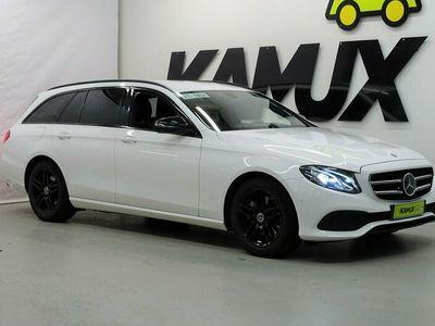 käytetty Mercedes E220 4MATIC Adaptiivinen vakkari / Webasto / Koukku / Fleet editoin