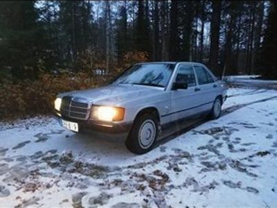käytetty Mercedes 190 d