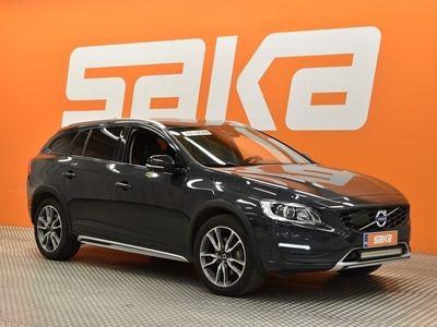 käytetty Volvo V60 CC D4 AWD Summum aut ** Webasto / Navi / Koukku / Muistipenkki / Adapt.vakkari / Aktiiviset ajovalot / BLIS **
