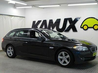 käytetty BMW 520 TwinPower Turbo F11 Touring / Tulossa myyntiin / Vetokoukku / Xenon-valot /