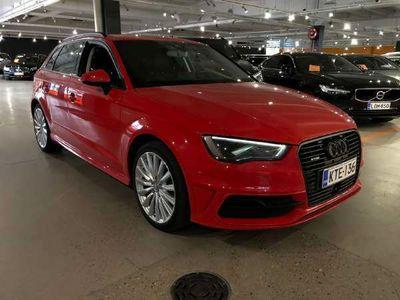 käytetty Audi A3 Sportback E-tron Viistoperä Kaistavahti / Drive Select /