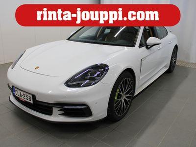käytetty Porsche Panamera 4 E-Hybrid - 1-omisteinen Suomi-auto! Sport Chrono, Lasinen Panoraamakatto, Sport-pakoputkisto, 2 x ren...