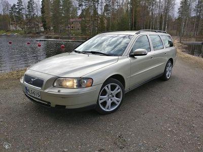 used Volvo V70 2.4D - 2007 Hyväkuntoinen