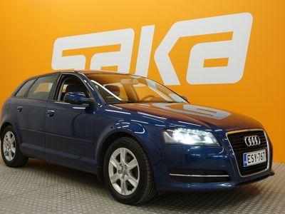 käytetty Audi A3 ** Sumi-auto / merkkiliikkeen huoltokirja / xenon / vakkari / p-tutka **