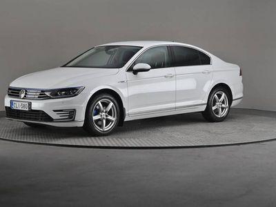 käytetty VW Passat Sedan GTE Plug-In Hybrid 160 DSG- Digitaalinen mittaristo, Navi, ACC-