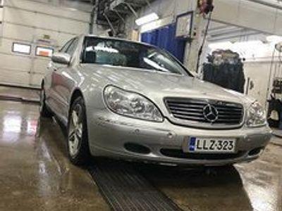 käytetty Mercedes S320