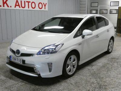 käytetty Toyota Prius PHEV Linea Sol