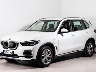 käytetty BMW X5 G05 xDrive45e A Charged Edition - Rekisteröity esittelyautoksi 04.09.2020. Kysy auton luovutuksesta