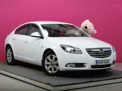 käytetty Opel Insignia 5-ov Black&White Edition 1,4 Turbo ecoFLEX Start/Stop 103kW MT6 #Xenon #Navi #Merkkihuollettu!