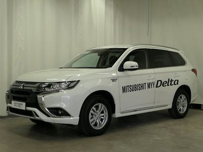 käytetty Mitsubishi Outlander P-HEV Active 4WD 5P