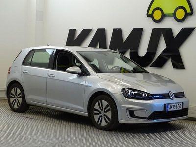 käytetty VW Golf e-Golf 85 kW (115 hv) 4-ovinen / Navigointi / Bluetooth / Tutkat /