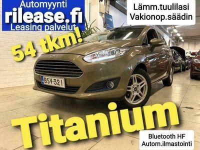 käytetty Ford Fiesta 1,0 80hv Start/Stop M5 Titanium 5-ovinen, Bluetooh HF, Autom.A/C, Cruise, Lämm. tuulilasi