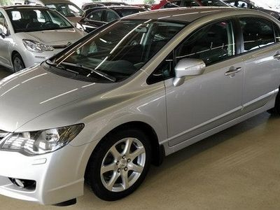 käytetty Honda Civic 1,8i Executive 4d