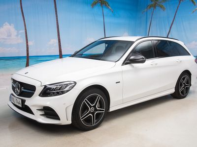 käytetty Mercedes C300 e T A Business AMG Edition EQ Power *UUDENVEROINEN* - *VALTAISA VARASTONTYHJENNYSI!!!!*