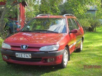 käytetty Peugeot 306 farmari