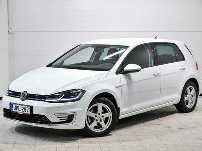 käytetty VW Golf e-Golf 100 kW (136 hv)