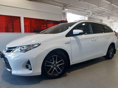 käytetty Toyota Auris Touring Sports 1,8 Hybrid Active - **Korkotarjous 1,59%+kulut** -