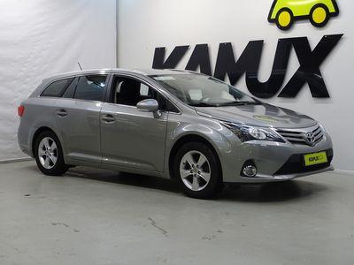 käytetty Toyota Avensis 1,8 Valvematic Active Wagon / Vetokoukku / Peruutuskamera / Bluetooth
