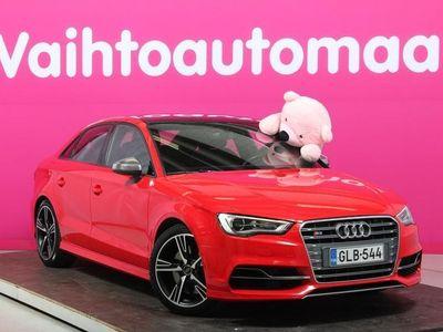 käytetty Audi S3 Sedan 2,0 TFSI 221 kW quattro S tronic # Merkkihuollettu # Cruise # Urheiluistuimet # Kattoluukku