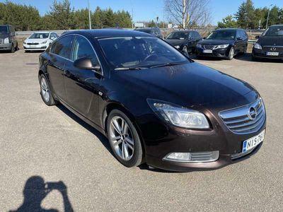käytetty Opel Insignia Sport 2,0 CDTI Ecotec 118kW AT6 #JUURITULLUT #Vetokoukku #PA-lisälämmitin #Vakkari #Bi-Xenon