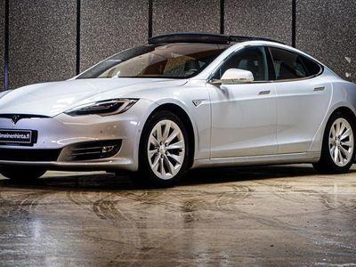 käytetty Tesla Model S 90D AW // CPO -22 // Kahdet renkaat aluilla // Ilmajouset // Autopilot // Winterpack // Premium surround //