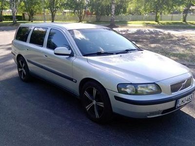 käytetty Volvo V70 D5