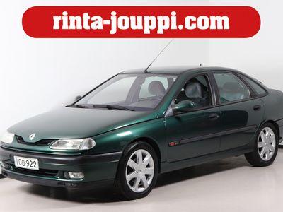 käytetty Renault Laguna 2,0 RXE AT - Automaativaihteistolla ja puhuva ajotietokone - Seuraava katsastus: 02.04.2021