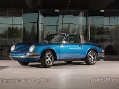 used Porsche 911 Targa 2.2 88kW - Luxury Collection Automobiles