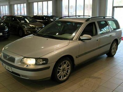 käytetty Volvo V70 2,4T aut