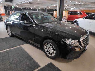 käytetty Mercedes E200 A Business ** P.avustin / Nahkasisusta / LED / Vakkari **