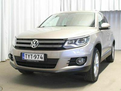 käytetty VW Tiguan Sport & Style 2,0 TDI 4wd BlueMoT DSG ** 1 omistaja, webasto, xenonit, tutkat, merkkihuollettu! **