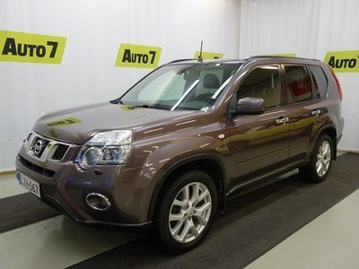 "käytetty Nissan X-Trail 2,0 dCi Low SE 6A/T 4x4 - 18"" Alloy + Sunroof + RVC"