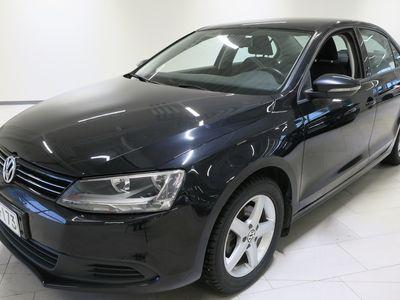 käytetty VW Jetta Comfortline 1,4 TSI 90 DSG (MY14.B) - Tähän autoon 5000 €:n S-Bonuskirjaus!