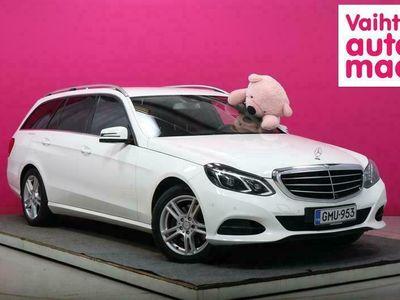 käytetty Mercedes E250 CDI BE T 4Matic A #Webasto #Nahat #Navi #Muotiväri!