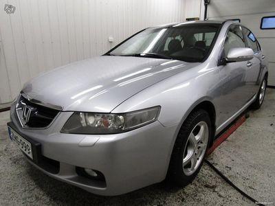 käytetty Honda Accord 2.4i Executive 4d