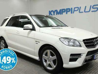 käytetty Mercedes ML350 BlueTec 4Matic Premium Business AMG - ** RAHOITUSKORKO 1,49% ** - AMG / Webasto / Koukku / Navi / Panoraama-katto