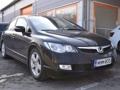 käytetty Honda Civic Civic 4DSEDAN 1.8 AUTOMATIC-FD16/270 ** Suomi-auto / Vakkari / Koukku / Kattoluukku / Lohko **
