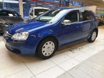 käytetty VW Golf 1,6 75 kW Comfortline 4d / ilmastointi / jakohihna juuri vaihdettu