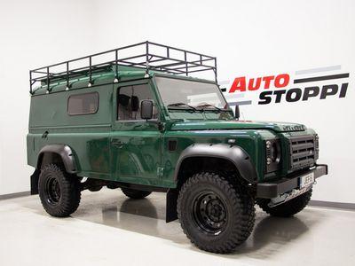käytetty Land Rover Defender 110 HT VAN 2.5 TD5 4X4 ** Ilmastointi ** Webasto ** ALV-väh.kelp **