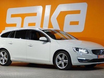 käytetty Volvo V60 D4 Summum ** Nahkasisusta / Pa. lisälämmitin / Koukku / Bluetooth **