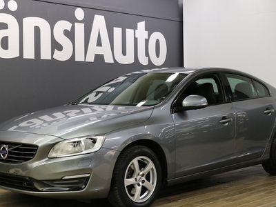 """käytetty Volvo S60 2.0 D3 D3 Kinetic aut """"Navi, Nahat, Xenon, Lämmitettävä tuulilasi** **** LänsiAuto Safe -sopimus hin"""