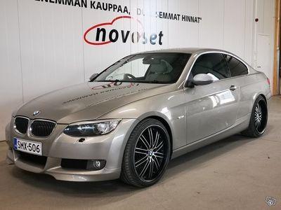 käytetty BMW 325 i